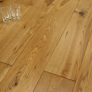 Solid Oak Flooring, 18mm x 125mm, Smooth Lacquer Finish