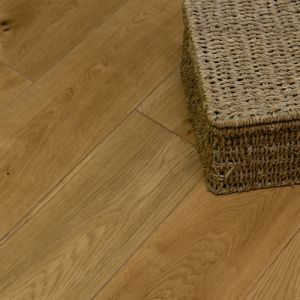 Natural Oak Smooth Lacquer Engineered Wood Flooring 150 x 18/5mm