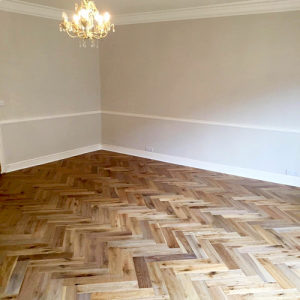 Distressed Lario Herringbone Parquet Oak Engineered Wood Flooring
