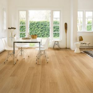 Quickstep Impressive Ultra Natural Varnished Oak IMU3106 Waterproof Laminate Flooring (12mm)
