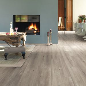 Quick-Step Impressive IM1858 Saw Cut Oak Grey Waterproof Laminate Flooring (8mm)