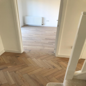Lecco White Washed Herringbone Engineered Oak Wood Flooring 400 x 18/5mm
