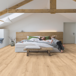 Quickstep Majestic Desert Oak Light Natural MJ3550 Laminate Flooring (9.5mm)