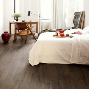 Quick-Step Impressive Ultra Classic Oak Brown IMU1849 Waterproof Laminate Flooring (12mm)
