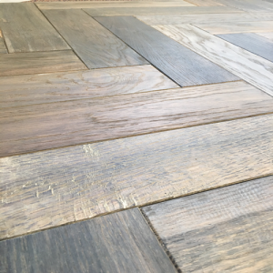 Engadin AB Distressed Oak Herringbone Engineered Parquet Wood Flooring 18/5mm x 400mm