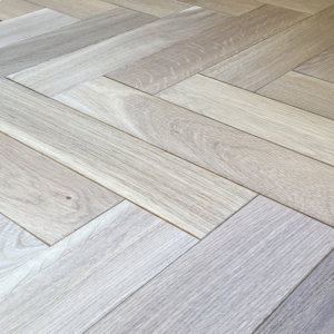 Lecco White Washed AB Herringbone Engineered Oak Wood Flooring 18/5mm x 400mm