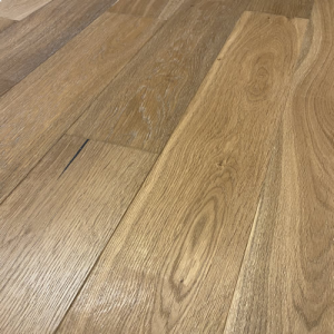Finsko Brushed Lacquered Oak Engineered Wood Flooring 125 x 14/3mm